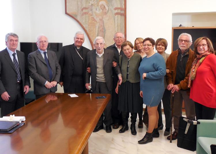 Marco-Guido-Salvi-col-vescovo-di-Bergamo-Mons-Francesco-Beschi-e-AIP-2017